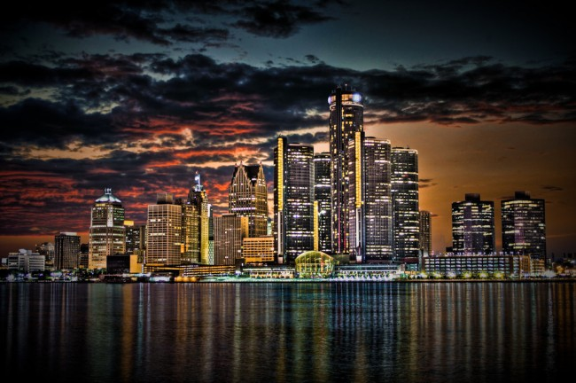 detroit_skyline___hdr_by_ii_mccloud_ii-650x432