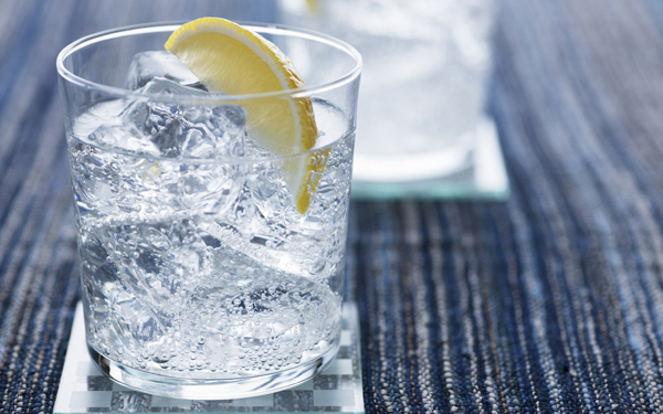jw059-350a-cocktai-gin-and-tonic_1920x1200_69166